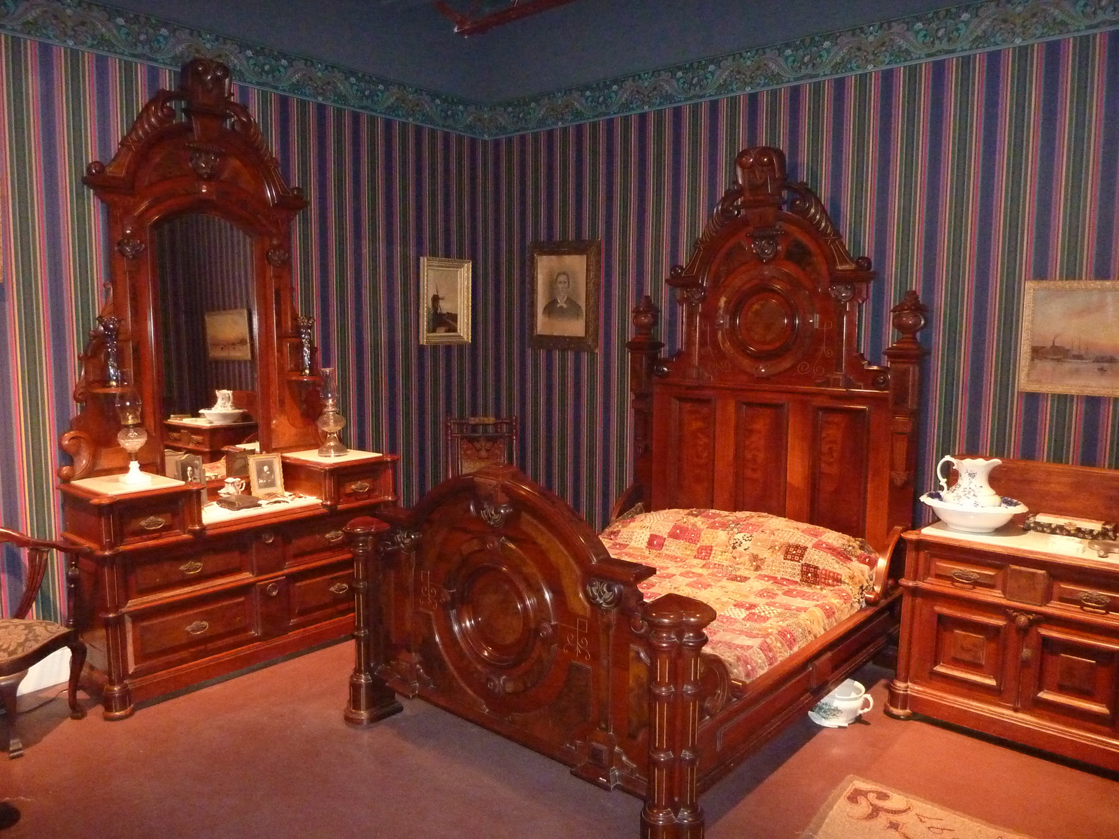 Hadley ives summer 2010 page 6 Victorian bedrooms