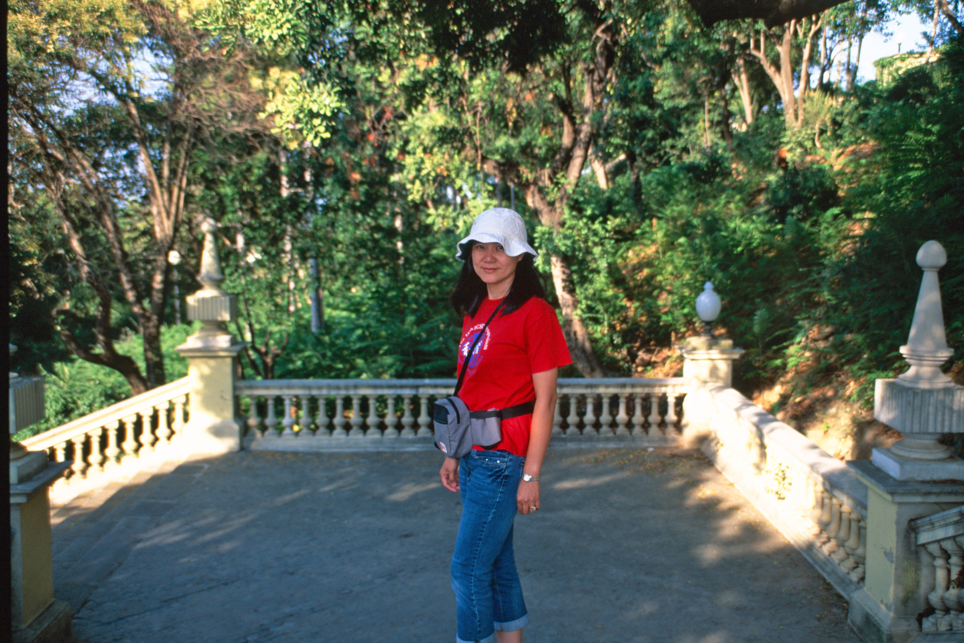 Here Jeri is standing along the steps leading up to the art museum in  Barcelona. 68e3a776ce4